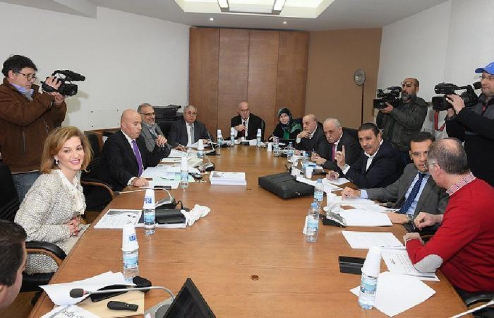 لجنة الصحة ناقشت أفكارًا وحلولًا لأزمة الإسكان