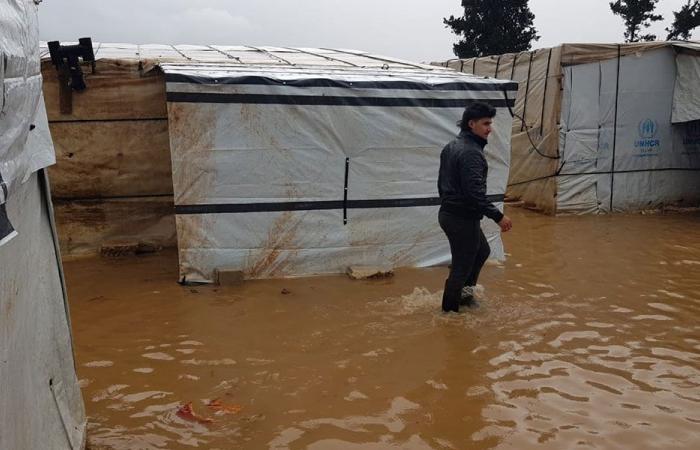 إعلان حالة طوارئ بلدية لمساعدة النازحين في العاصفة