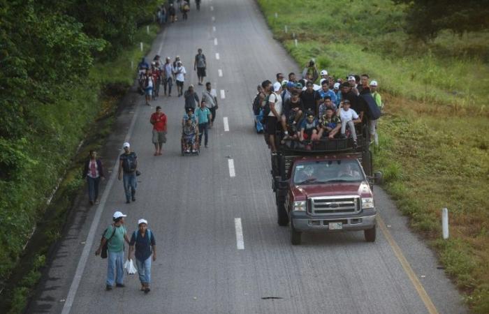 قافلة مهاجرين جديدة بدأت تتشكل في هندوراس قبل انطلاقها إلى الولايات المتحدة