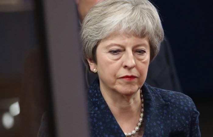 """الصحافة البريطانية تتحدث عن هزيمة """"مذلّة"""" و""""ساحقة"""" لماي في البرلمان"""