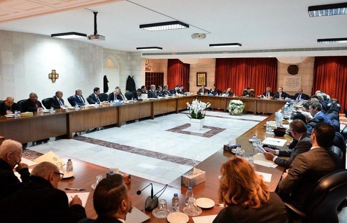 اجتماع بكركي: رفض صنع هوية جديدة للبنان