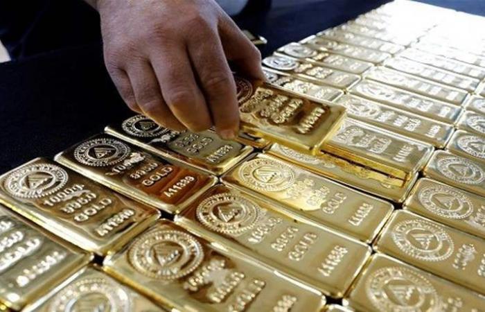 الذهب يصعد بدعم رفض اتفاق ماي للانفصال عن الإتحاد الأوروبي