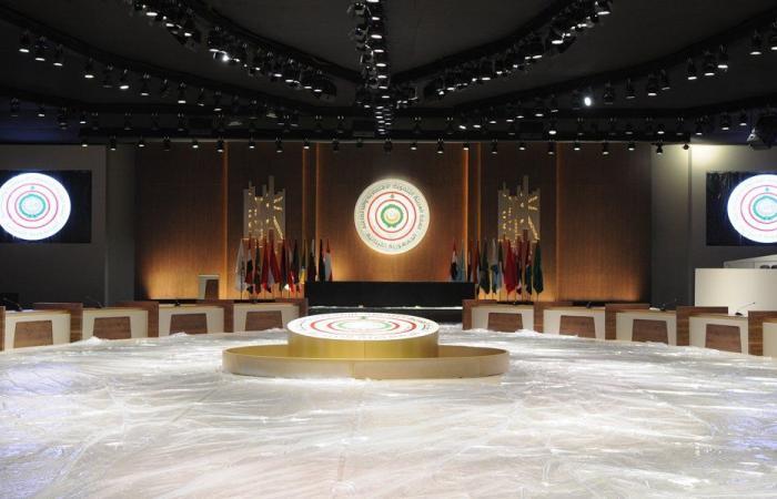 """تقليص مستوى التمثيل العربي في """"القمة"""" رسالة سياسية وأمنية للبنان"""