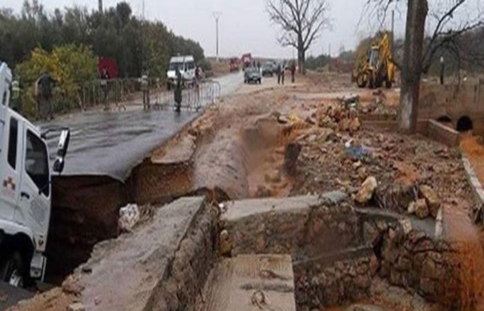 فيضانات ومستنقعات وإنقطاع للكهرباء في النبطية