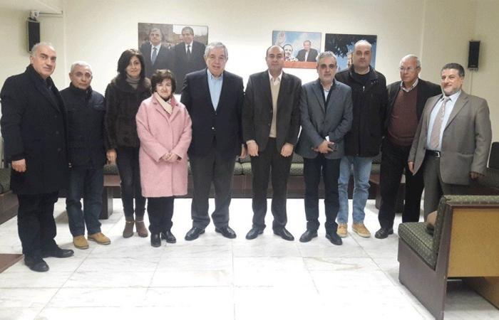 الجسر تابع ملف المجمع الجامعي مع إدارة كلية الفنون الفرع 3