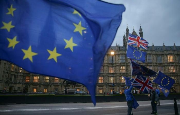 نادمون على التصويت لبريكست يناضلون للبقاء بريطانيا في الأتحاد الأوروبي