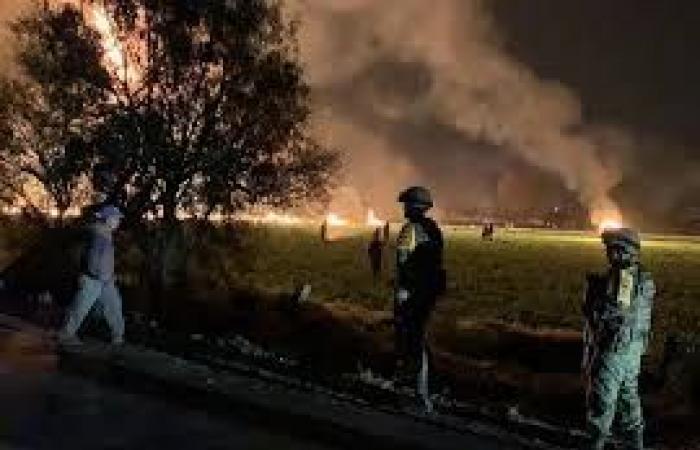 20 قتيلًا و54 جريحًا جراء احتراق خط أنابيب في المكسيك