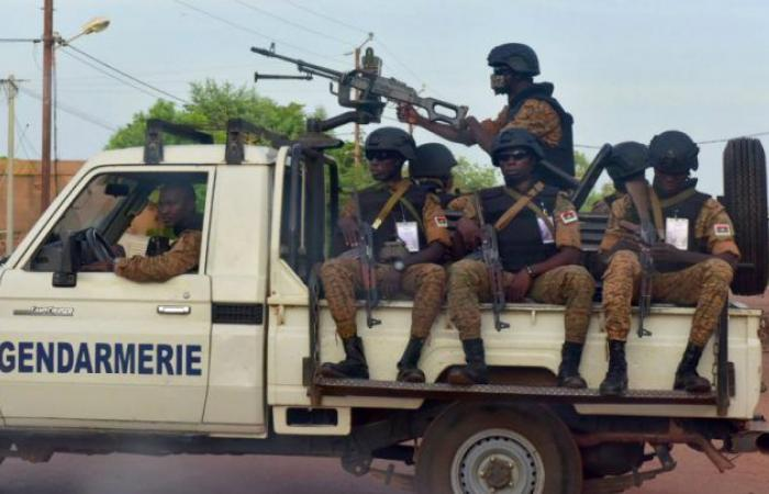 خمسة قتلى في اشتباك بين الشرطة وشبان غاضبين في غرب بوركينا فاسو