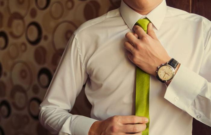 إحذروا ربطة العنق بجسم الإنسان!