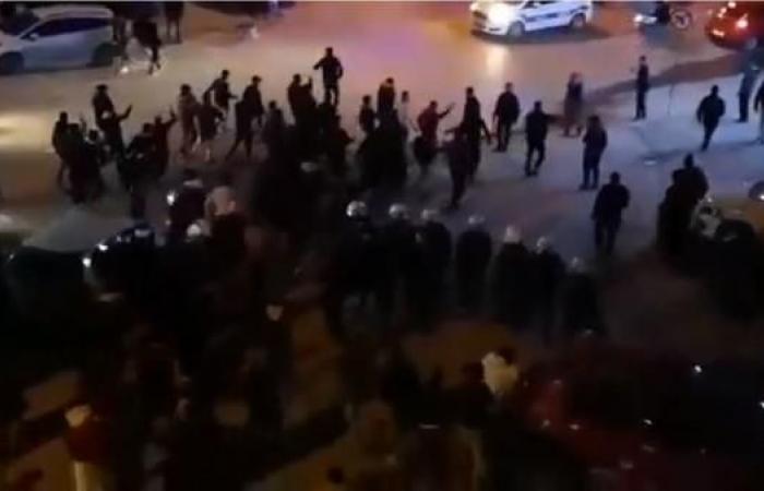 سوريا | شاهد.. اشتباكات بالسكاكين بين أتراك وسوريين باسطنبول