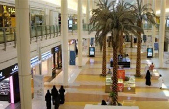 الخليج   راقصة في مجمع تجاري بالسعودية تثير موجة غضب عارمة (فيديو)