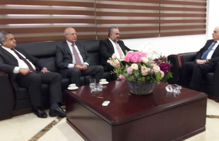 جبق عرض مع نقابة أطباء لبنان أوضاع القطاع