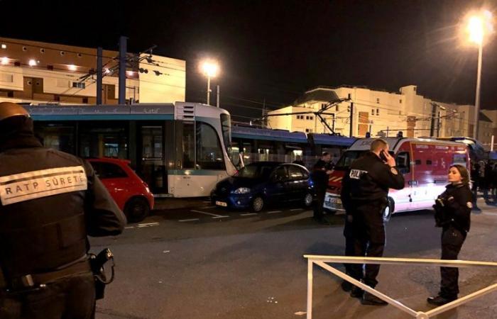 جرح 12 شخصًا في تصادم عربتي ترام في إحدى ضواحي باريس