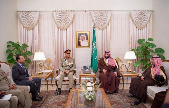 الخليح   ولي العهد السعودي يواصل زيارته في يومها الثاني لباكستان