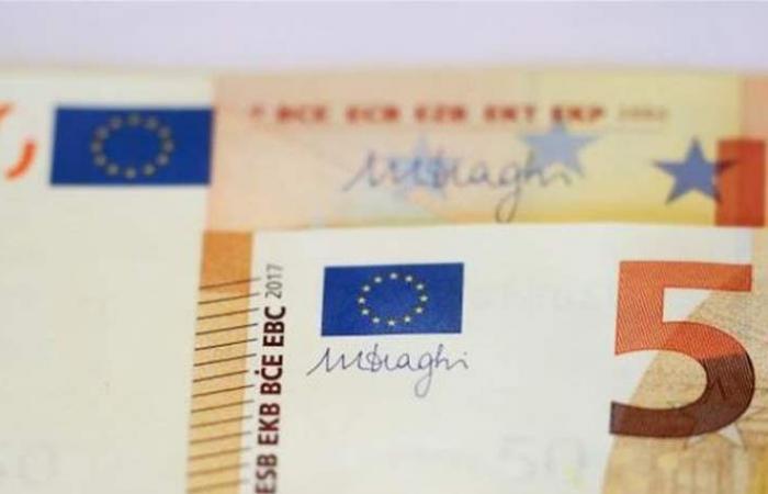 اليورو يرتفع بفضل التفاؤل بشأن محادثات التجارة