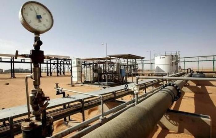 ليبيا.. حقل الشرارة النفطي يعود للإنتاح بعد نهب وتخريب