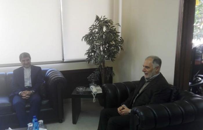 فنيش بحث مع السفير الإيراني شؤونا رياضية