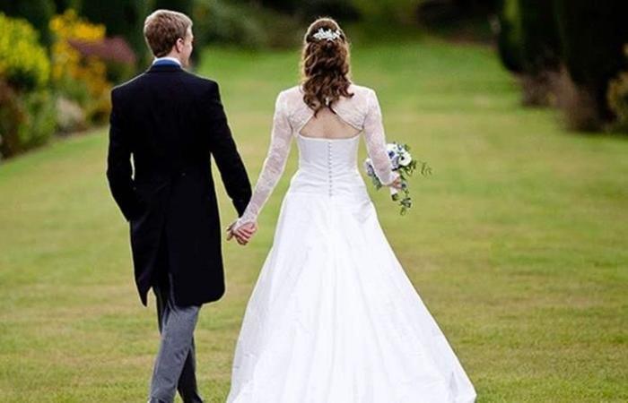 أمور تحبّ كلّ العروس أن يقوم بها عريسها يوم الزّفاف!