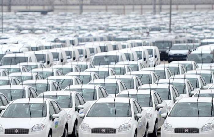 تراجع مبيعات السيارات التركية 47.1% في شباط