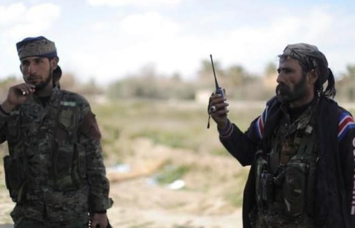 سوريا   الرقة.. تفجير انتحاري يقتل 3 وجهاء وعنصراً من قسد