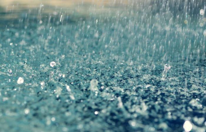 هكذا يؤثّر المطر على مزاجك
