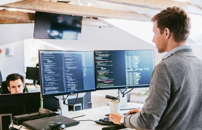 أبرز 10 وظائف تقنية لعام 2019 وكيف يمكن الالتحاق بها؟