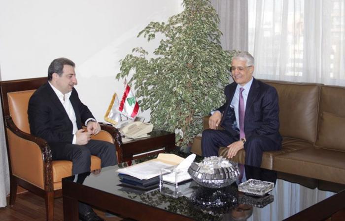 العلاقات اللبنانية – الجزائرية بين أبو فاعور وبو زيان