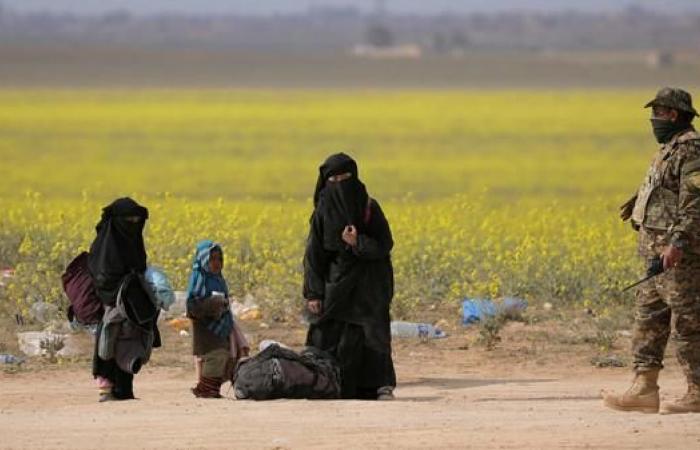 سوريا   لا قتال بالباغوز.. وإجلاء المئات بينهم 13 طفلا إيزيديا