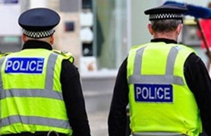 شرطة اسكتلندا تحقق في طرد مشبوه
