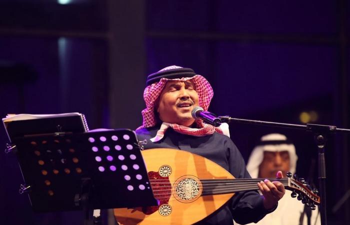 الخليح | فنان العرب يشدو بروائعه في أمسية خيرية بالرياض