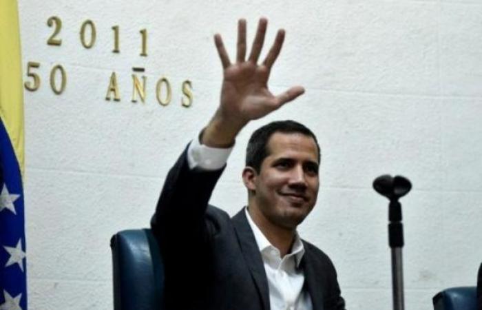 غوايدو يدعو أوروبا إلى تكثيف العقوبات على نظام مادورو