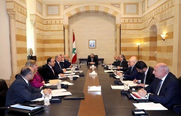 التصدّعات المبكّرة لحكومة لبنان الجديدة
