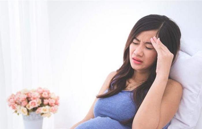 4 حيل ذكية لعلاج الصداع أثناء الحمل من دون أدوية