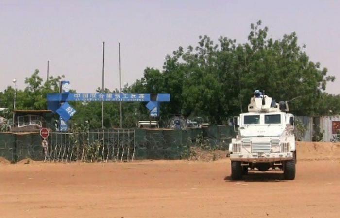 الجيش المالي يعلن مقتل ستة من جنوده جراء انفجار عبوتين ناسفتين في وسط البلاد