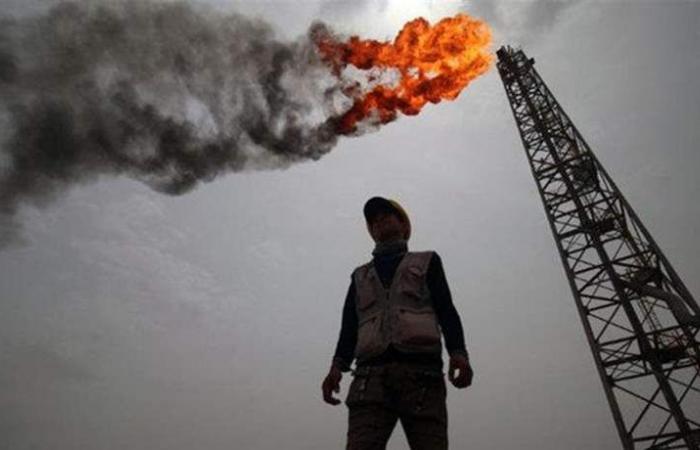 النفط يرتفع وسط تخفيضات أوبك وعقوبات أميركا على إيران وفنزويلا