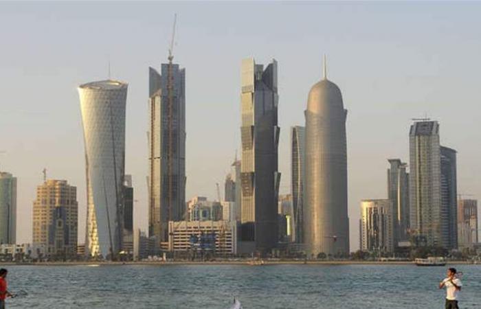 قرارات لافتة بشأن إقامة الأجانب وتملكهم في قطر