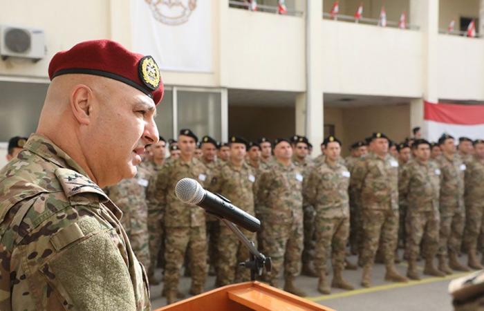 قائد الجيش الى قبرص