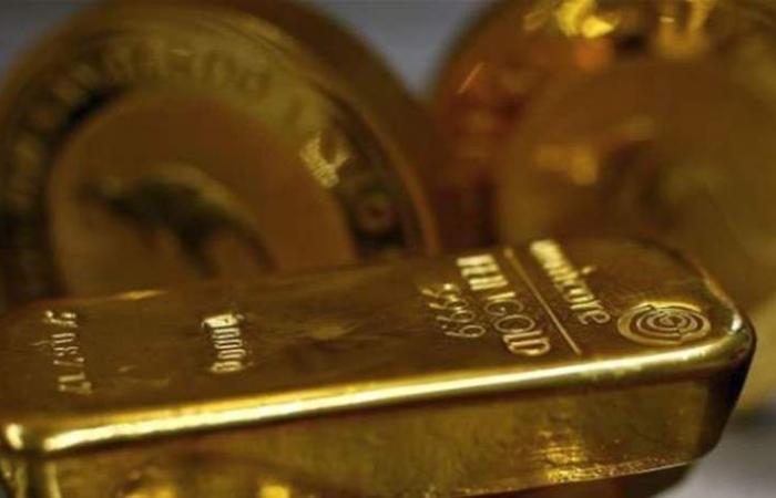 الذهب يتراجع وسط إقبال على المخاطرة بعد بيانات صينية إيجابية