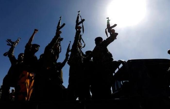 اليمن | الميليشيات تعدم 31 حوثياً استعدوا لتسليم أنفسهم للجيش اليمني