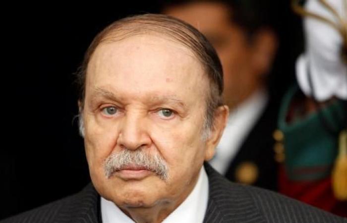 الرئاسة الجزائرية: بوتفليقة سيستقيل قبل نهاية عهدته