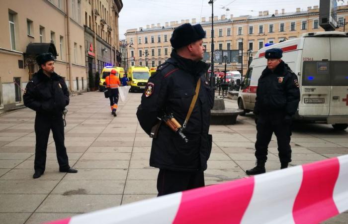 ثلاثة جرحى في انفجار عبوة في أكاديمية عسكرية في سان بطرسبورغ