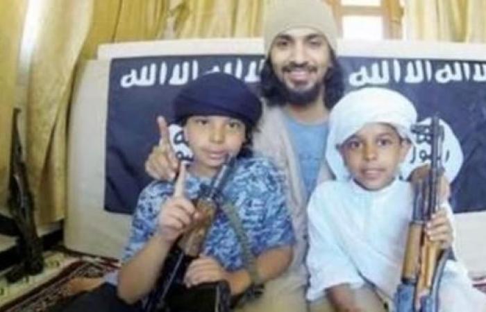 الخليح | قصة عودة طفلي داعش لأحضان والدتهما بالرياض بعد 6 سنوات