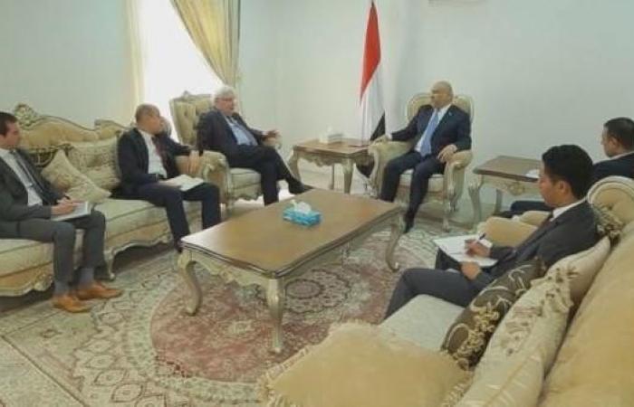 اليمن   اليماني يبحث مع غريفثس معوقات تنفيذ اتفاق ستوكهولم