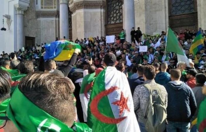 موسكو تدعو لانتقال للسلطة في الجزائر دون تدخل خارجي