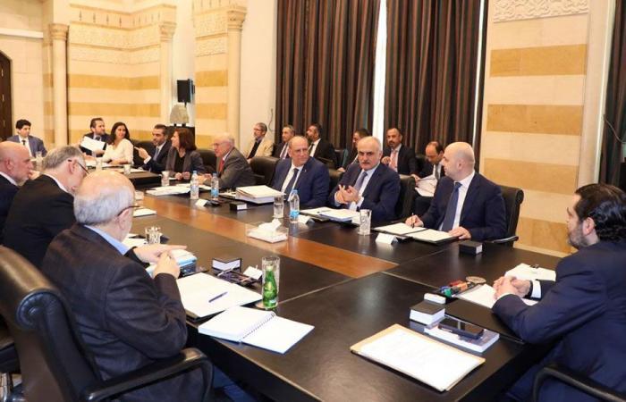 """""""لجنة خطة الكهرباء"""": شبه توافق ولا اتفاق!"""