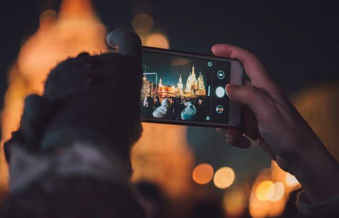 تقرير: الهواتف المزودة بمعالجات ذكاء اصطناعي تهيمن في 2022