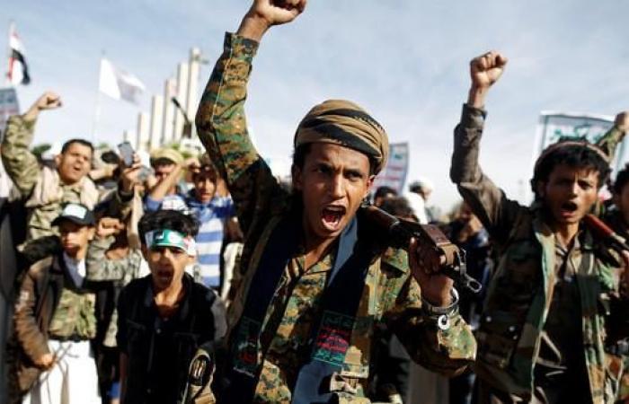 """اليمن   اليمن.. قوات الشرعية تتقدم في جبهة """"العود"""" بمحافظة إب"""