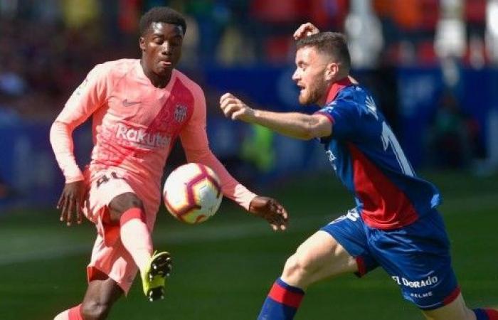 برشلونة يكتفي بالتعادل أمام هويسكا