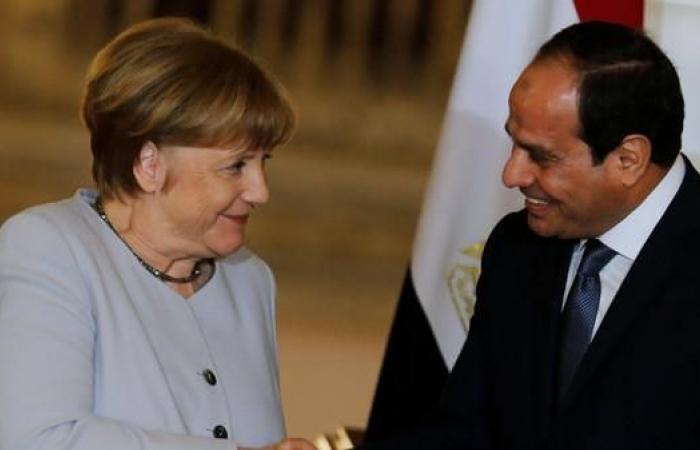 مصر   ميركل أكدت للسيسي تمسكها بالحل السياسي في ليبيا