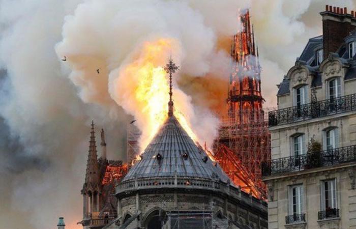 هكذا علق السياسيون على حريق نوتردام!
